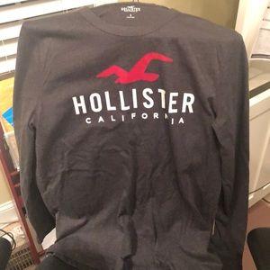 Hollister Small Long Sleeve T-shirt